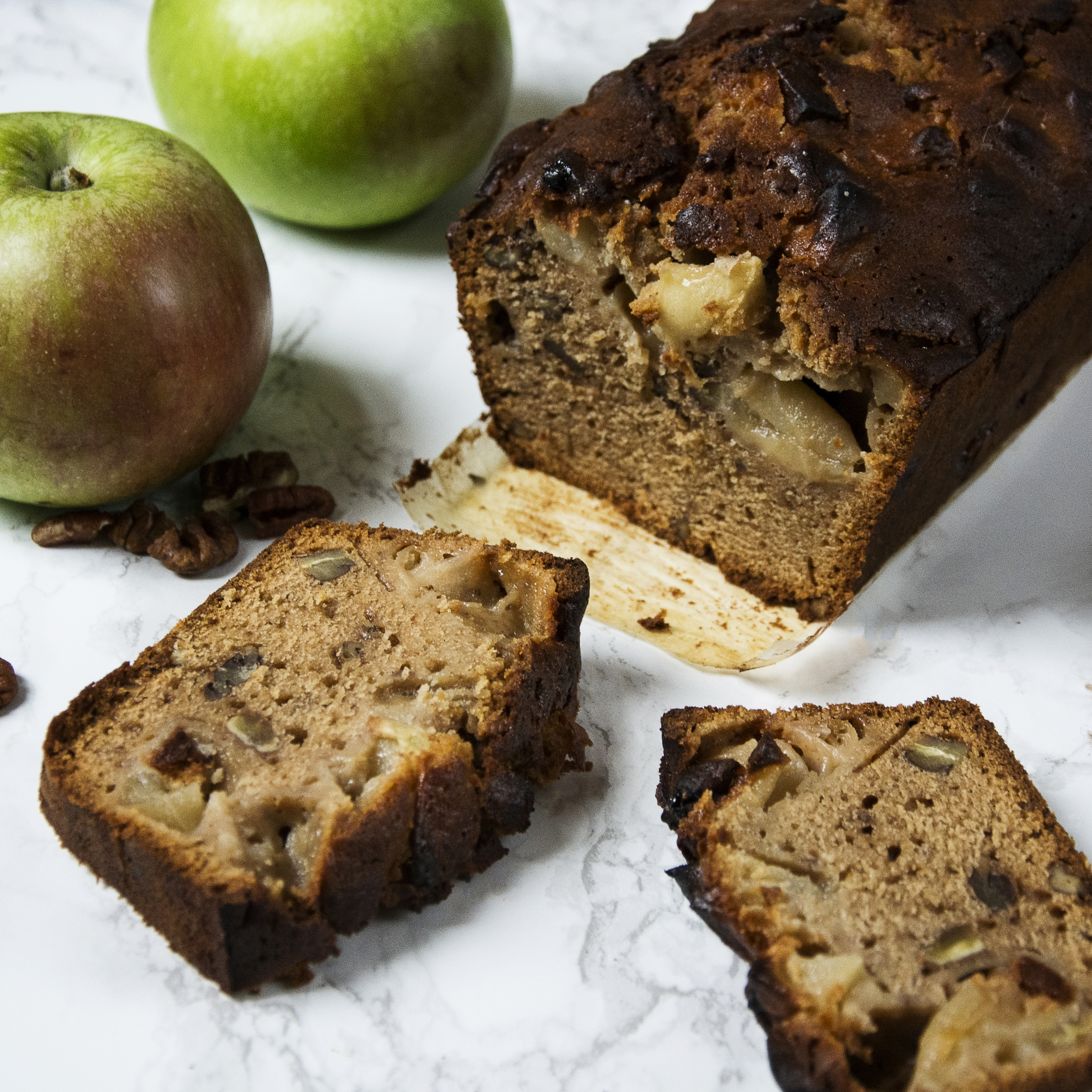 spiced apple and pecan loaf